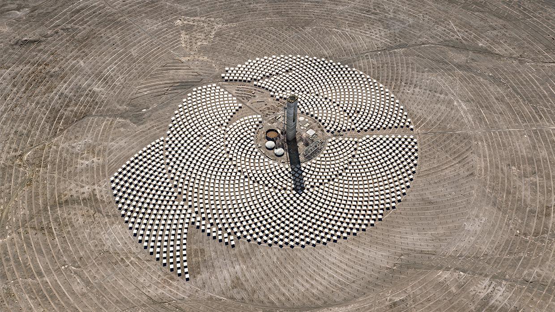 Edward Burtynsky, Cerro Dominador Solar Project #1, Atacama Desert, Chile, 2017